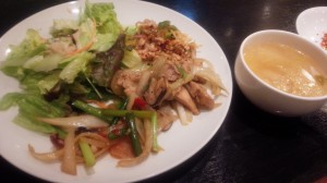 タイ料理のプチビュッフェ